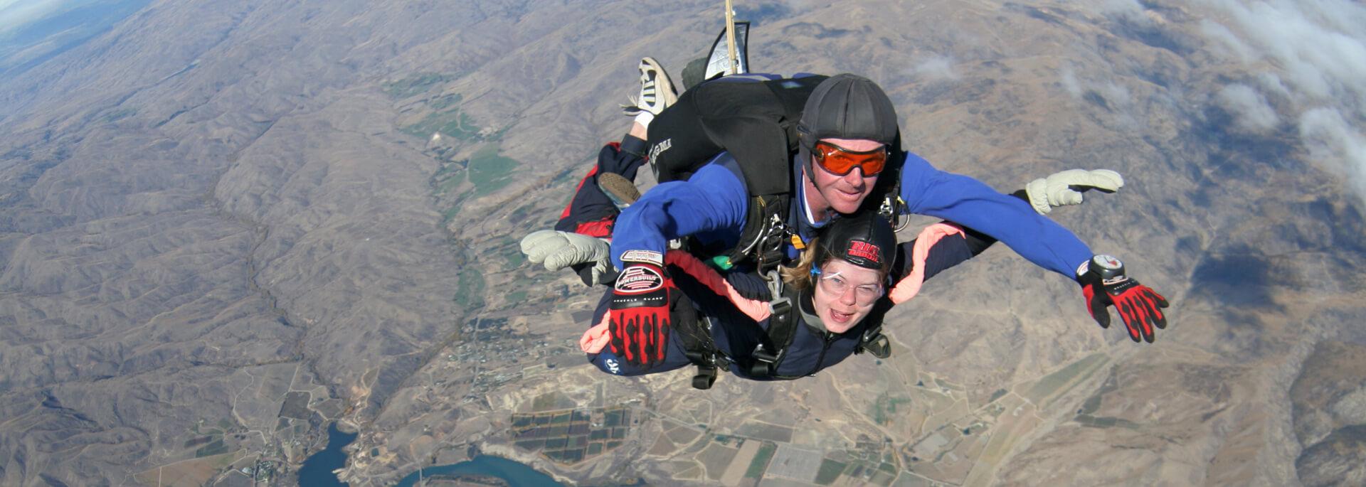 Wie ich über Neuseelands Südinsel aus einem Flugzeug sprang