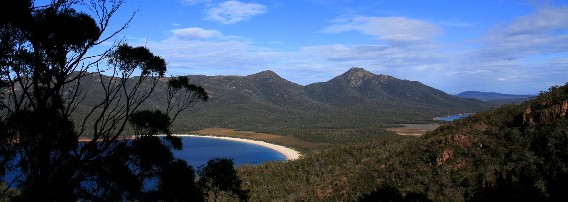 Wie ich zu Austern kajakte und die Wineglass Bay vom Berg aus sah