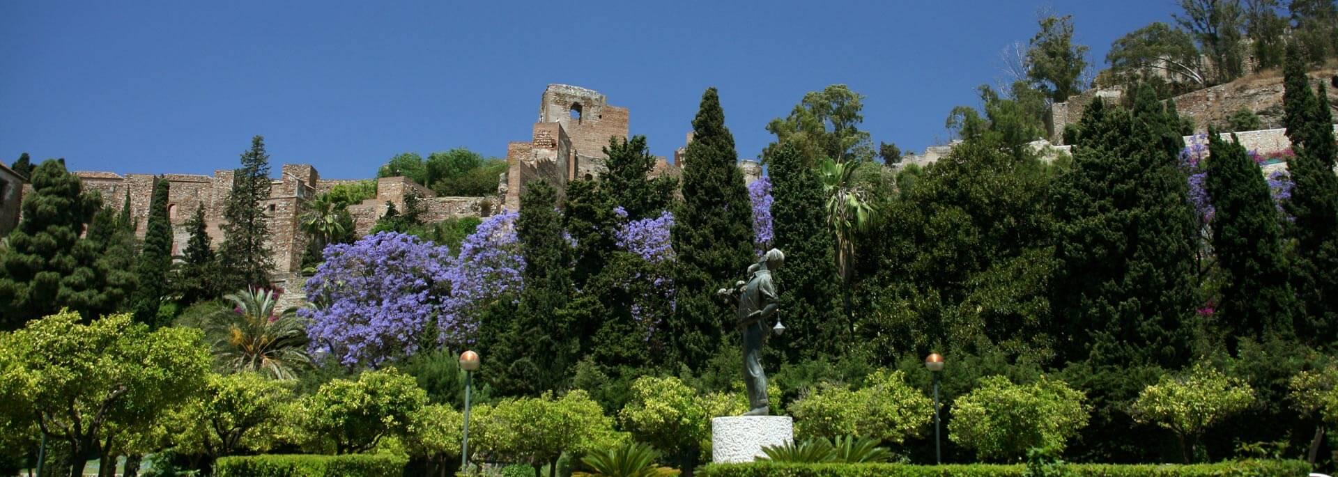 Wie ich in Malaga unter spanischer Sonne und blauen Jacarandas weilte