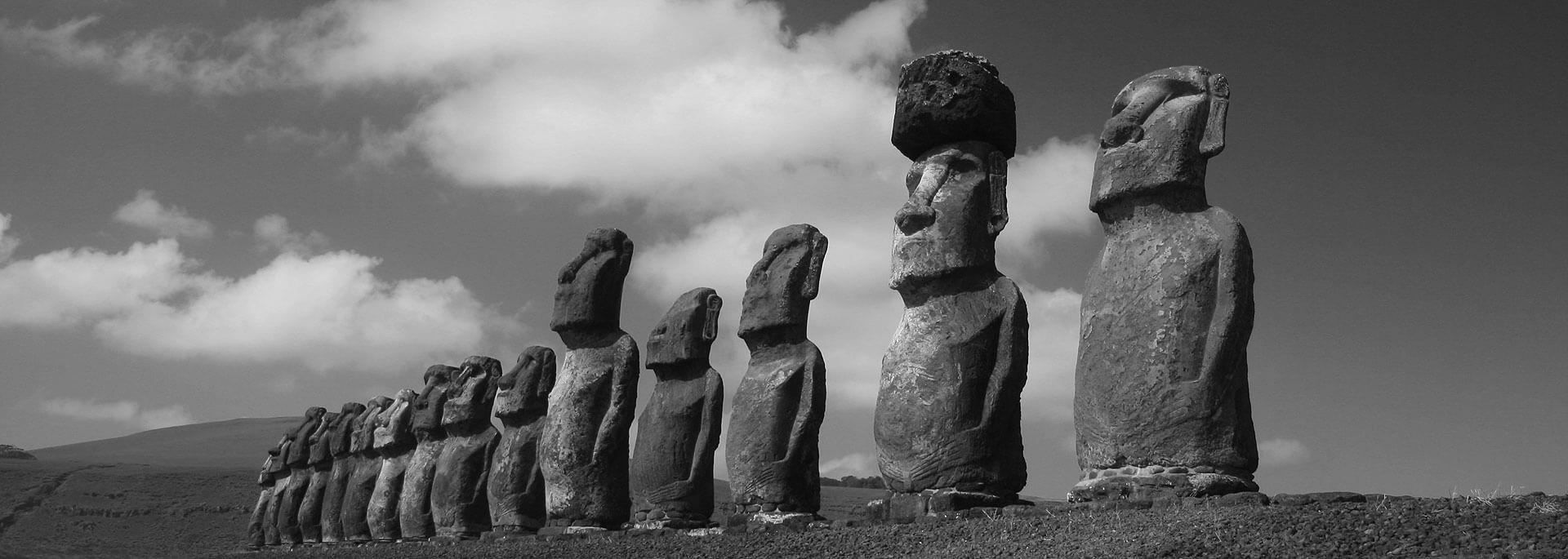 Fotos: Moai der Osterinsel in Schwarzweiß