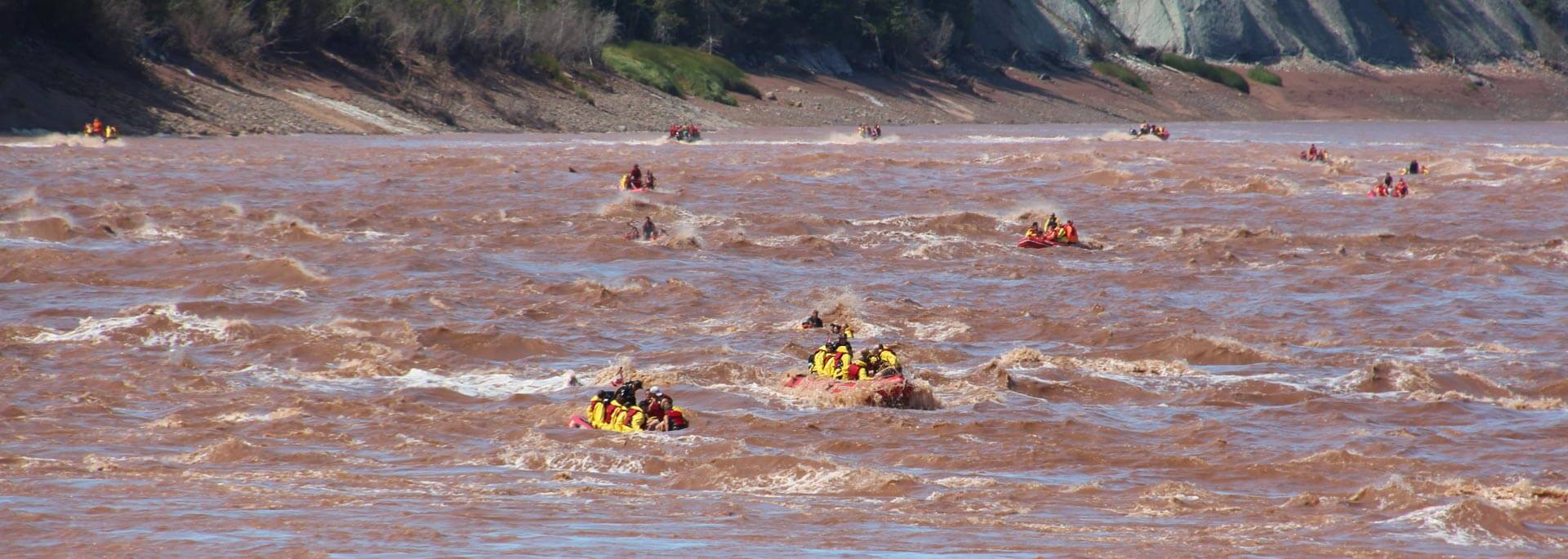 Fotos: Tidal Bore Rafting in Nova Scotia