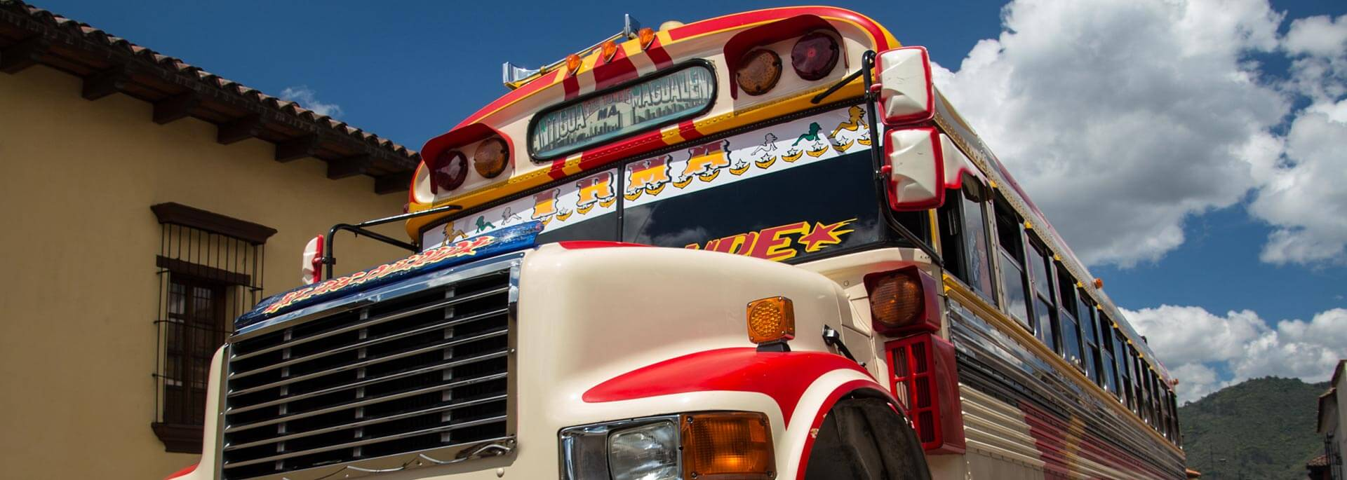 Guatemalas Straßen: Chicken Bus und anderes Buntes