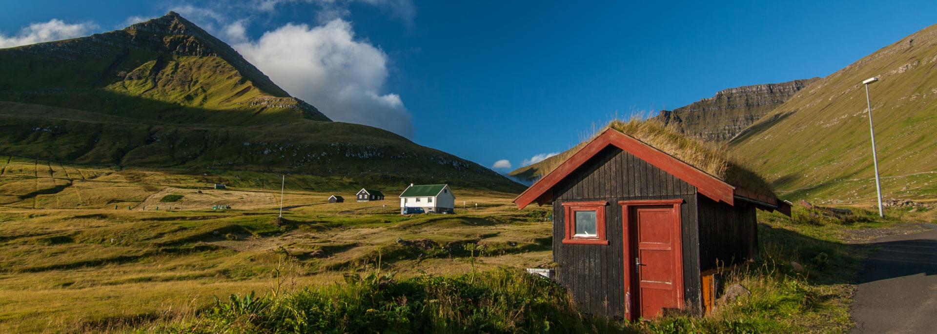 Fotos: Färöer Inseln in Sonne und Wolken
